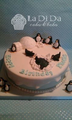 A penguin cake for Phoebe