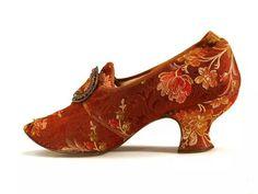 Zapato con print de flores ca. 1880-90