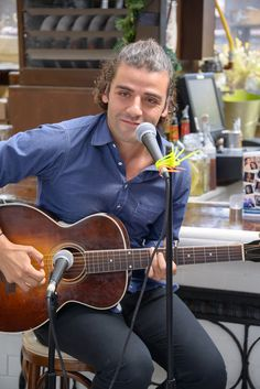 Oscar Issac performs during the '10 Years' New York Brunch Reunion at Hotel Chantelle in New York City. (September 16, 2012)