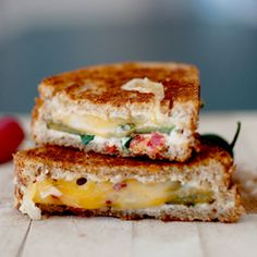 Spicy, cheesy, crunchy goodness! The Jalapeno Popper Grilled Cheese Sandwich.