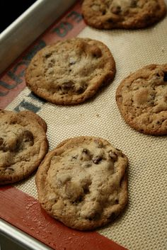 """Secret"" Chocolate Chip Cookies - contain shortening, for those times when I am out of butter but need a cookie!"