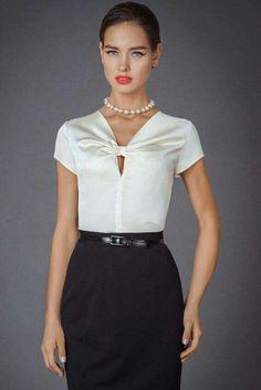 Gorgeous Black and white blouse! Blouse Patterns, Blouse Designs, Fashion Sewing, Office Fashion, Work Attire, Blouse Styles, Fashion Details, Blouses For Women, Designer Dresses