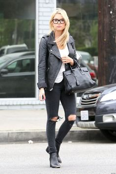 simple and casual - I love this look... so effortless