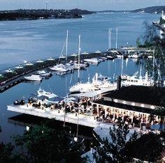 Das Hotel J in Stockholm direkt am Nacka Strand gelegen mit Aussicht über den Hafen.