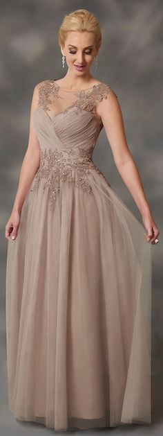 Wedding Dresses Ball Gown, Outstanding Tulle Bateau Neckline A-line Mother Of Bride Dresses With Beaded Lace Appliques & Detachable Coat DressilyMe Mob Dresses, Ball Dresses, Ball Gowns, Party Dresses, Mother Of The Bride Dresses Long, Mothers Dresses, Bridal Wedding Dresses, Cheap Wedding Dress, Bridesmaid Dresses