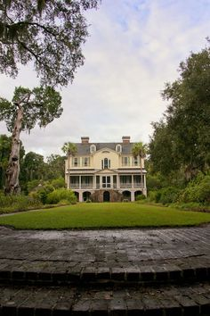 Southern plantations on pinterest antebellum homes Antebellum plantations for sale