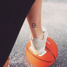 50 Creative Libra Tattoo Designs for Guys Libra Tattoo, Libra Scale Tattoo, Libra Zodiac Tattoos, Libra Constellation Tattoo, Small Hand Tattoos, Mini Tattoos, Trendy Tattoos, Foot Tattoos, Tattoos For Guys