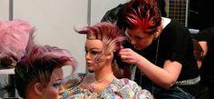 Aprender a peinarte como todo un profesional ahora es posible gracias a este curso de peluquería. Realiza el curso de peluquería y obtendrás un certificado. > http://formaciononline.eu/curso-de-peluqueria/