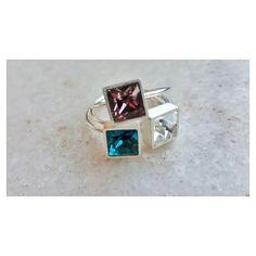  semana das cores  Anel quadrado M com cristal Silver Shade  [Compras e informações ver contatos no perfil] #copella  #swarovski