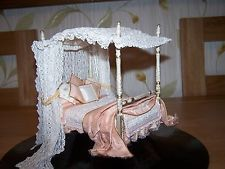 New Hand Made Luxury Canopy Dressed Miniature Bed Dolls House Four Poster