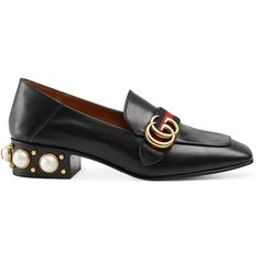 Gucci Leather Loafer With Pearls (24.585 CZK) ❤ liked on Polyvore featuring shoes, loafers, flats, black, black loafer shoes, black studded loafers, gucci loafers, leather shoes and mid heel loafer