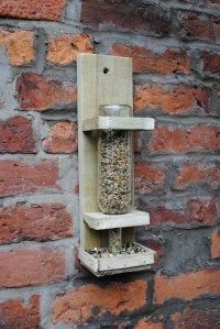 Winebottle birdfeeder