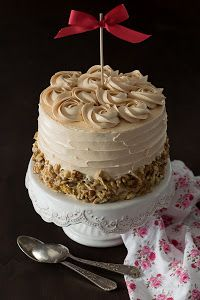 Tarta de manzana y caramelo Pear And Almond Cake, Almond Cakes, Pretty Cakes, Cute Cakes, Cake Decorating For Beginners, Easy Cupcake Recipes, Occasion Cakes, Buttercream Cake, Cake Cookies