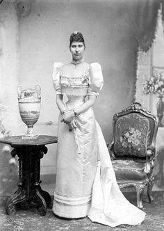HM Queen Louise of Denmark née Her Royal Highness Princess Louise of Sweden Denmark Royal Family, Danish Royal Family, Princess Louise, Prince And Princess, Oldenburg, Kingdom Of Sweden, Queen Of Sweden, Christian Ix, Royal Photography