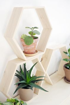 Children's Room Decor – HEX XL - honeycomb hexagon wooden shelf – a unique product by Any-THING on DaWanda