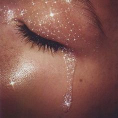 There is something that is just beautiful about this image. When you sparkle on the inside of course you cry tears of glitter! Beauty Makeup, Eye Makeup, Hair Makeup, Art Visage, Glamour, Sirens, Makeup Inspiration, Makeup Ideas, Brand Inspiration