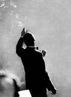 Herman Leonard: Frank Sinatra, Monte Carlo, 1958.