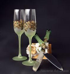 Wedding Glasses Cake Server Set, Green Gold Wedding, Peacock Wedding, Hand Painted Wedding Set by NevenaArtGlass on Etsy