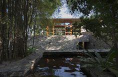 Galería de Refugio familiar para Devasiris / Palinda Kannangara Architects - 2