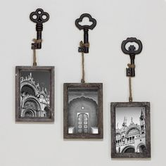 Monochromatic Skeleton Key Photo Hooks
