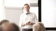 """Foredrag """"Paradigmeskiftet i IT"""" med Finn H. Krusholm"""