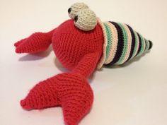 Crochet big hermit crab amigurumi, pattern from fresh stitches.com