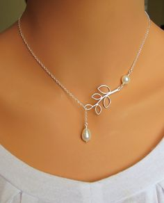 Pearl and Branch Necklace