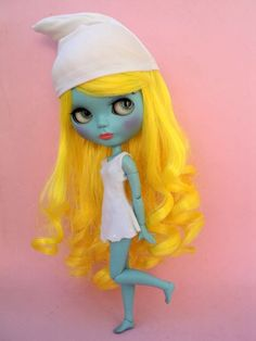 Smurfette Blythe doll