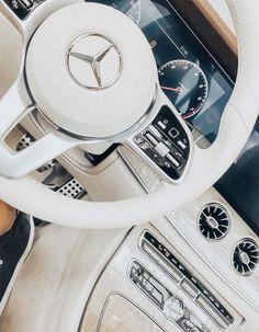 Mercedes Class X W470