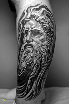 The tattoo artist Jun Cha creates beautiful and impressive tattoos, taking inspiration from classical art, from ancient Greece to Renaissance. Love Tattoos, Body Art Tattoos, Tatoos, Amazing Tattoos, Juncha Tattoo, Lowrider Tattoo, Atlas Tattoo, Greek Mythology Tattoos, Tattoos