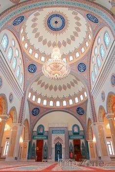 Vnitřek mešity Zawawi (Omán)