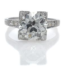 I love this #engagement ring! Round diamond in a square setting. Does anyone know what this is called?
