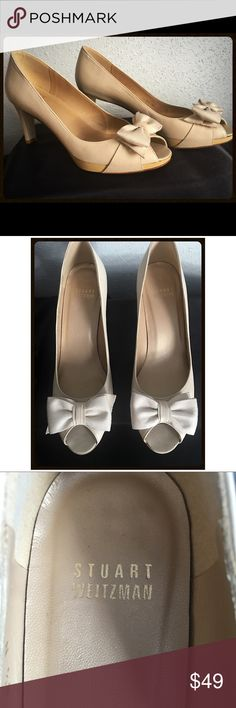 Spring/Summer Stuart Weitzman Peep Toe Pumps Beige pumps with bow = Ready for Spring!🌸🌺🌷 These are narrow. In great condition. Stuart Weitzman Shoes Heels