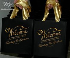 25 Wedding welcome to our family and friends Bags with satin