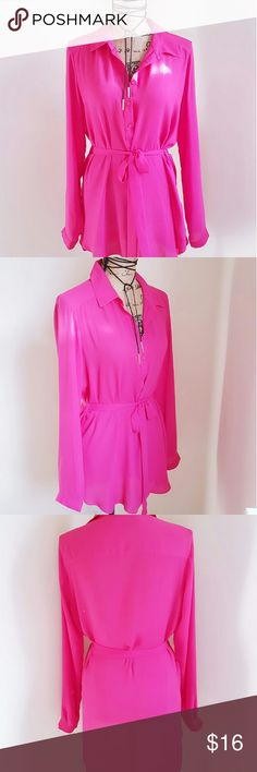 Forever 21 Top/Dress Used  Mint condition  Size Large Hot Pink Tops