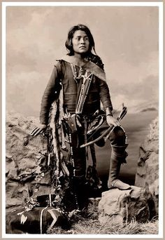 Manuelito Segundo, Son of Chief Manuelito and Juanita, Navajo, in Native Dress with Ornaments and Holding Bow and Arrow - Bell - 1874 Native American Photos, Native American Tribes, Native American History, Westerns, Pierre Brice, Navajo People, Native Indian, Apache Indian, Indian Boy