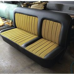 TheHogRing.com Page Liked · November 26 · Custom bench seat upholstered by @pgupholstery #thehogring #autotrim #upholstery #autoupholstery #carinterior #truck #sewing #stitching