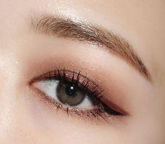Ideas For Makeup Looks Formal Asian - Alani Makeup Magazine - Korean Makeup Look, Asian Eye Makeup, Eye Makeup Art, Makeup Eyeshadow, Hair Makeup, Beauty Makeup, Makeup Stuff, Korean Beauty, Makeup List