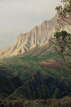 11 Adventurous Things To Do In Kauai Kauai Vacation, Honeymoon Vacations, Hawaii Honeymoon, Kauai Hawaii, Hawaii Travel, Dream Vacations, Vacation Ideas, Travel Usa, Lihue Kauai