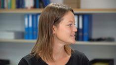 Sarah Wyss hat Sport Management an der FH Graubünden absolviert. Mittlerweile arbeitet sie bei BPM Sports und gibt uns einen Einblick in ihre Arbeit. Workout, Sports, Master Studium, Study Schedule, Social Work Research, Hs Sports, Work Out, Excercise, Sport