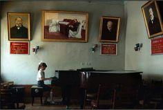 Music school in Uzbek, Photo by Peter Turnley.
