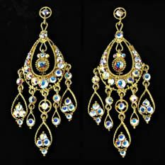 Gorgeous earrings that were meant for that perfect prom night