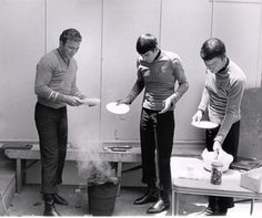 Star Trek B.B.Q. // If you don't think this is great, then there is just really no hope for you.