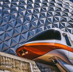 Monorail Disney 2015, Disney Pics, Disney Disney, Disney Dream, Disney Pictures, Disney Magic, Walt Disney World Orlando, Disney World Parks, Disney World Resorts