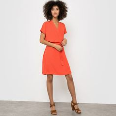 R essentiel Robe unie effet cache-coeur, manches courtes/ Effen jurk met wikkel effect, korte mouwen