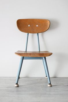 Vintage School Chair / AMradio