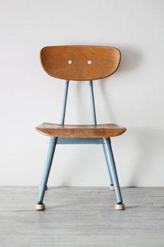 Vintage School Chair / AMradio
