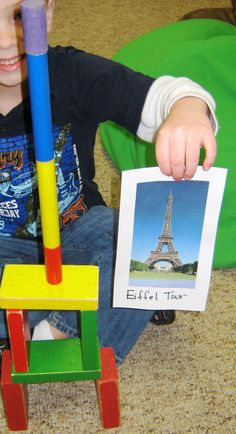 Inspired block play at Benson Memorial UMC Preschool and Kindergarten Prep - Raleigh NC When a new topic comes up in conversation, we like to explore that topic. One of our children had heard about the Eiffel Tower in a movie. She wanted to draw Preschool Block Area, Preschool Centers, Preschool Activities, Literacy Games, Preschool Learning, Creative Curriculum Preschool, Emergent Curriculum, Around The World Theme, Block Play