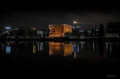 https://flic.kr/p/Md7vNN | Cube Orange Lyon nuit