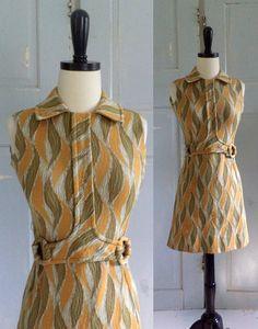 .Early 1970s Mod Mini Dress .==========> Funky Print =====> $44.00